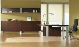 biurko i szafy aktowe