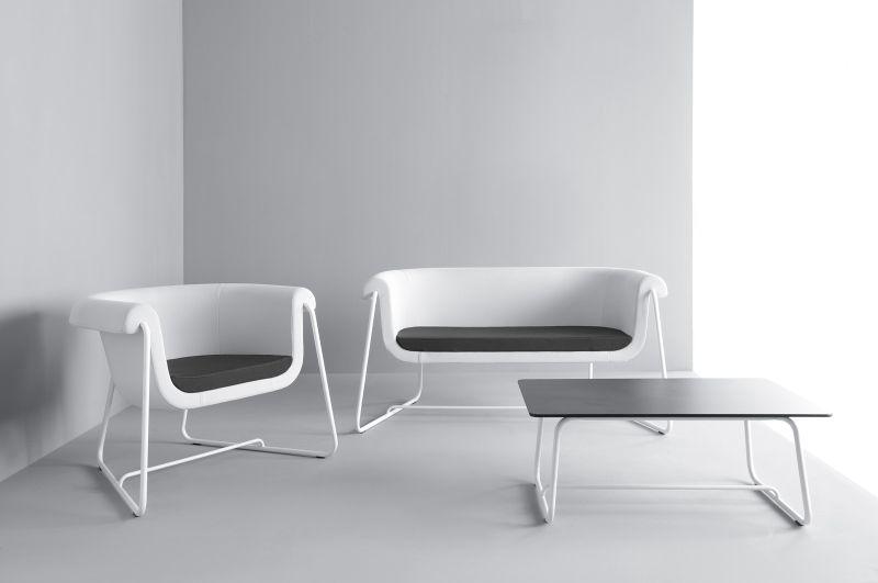 sofa, fotel i stolik do biura