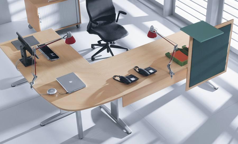 proste biurko narożne