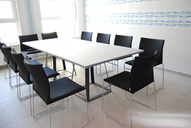- Kolekcja Krzesła konferencyjne