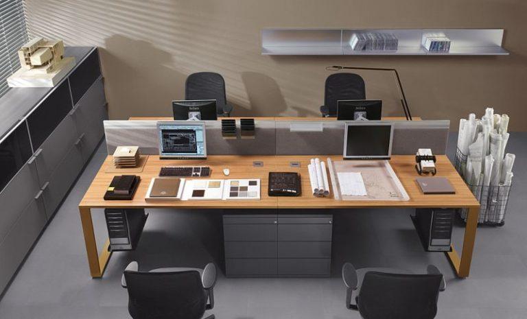 - Kolekcja Biurka komputerowe