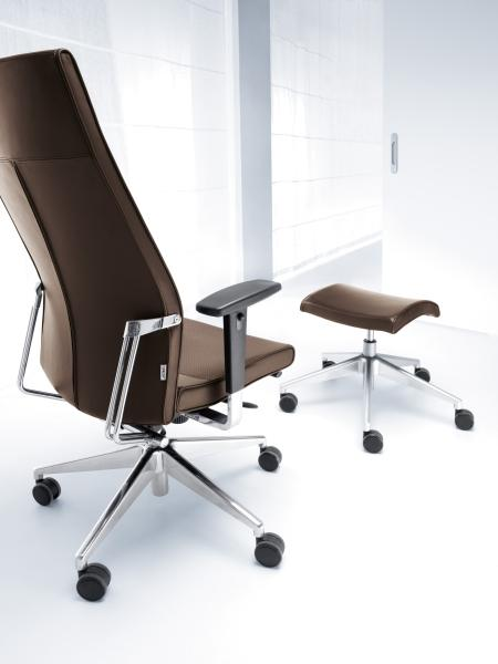 fotel biurowy gabinetowy active